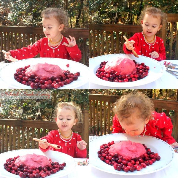 Easy Homemade Christmas No Cook Cranberry Play Dough, Cranberry Playdough, Homemade playdough recipe, Christmas sensory play, Winter Sensory Play, Easy No Cook Playdough, #Playdough #Cranberryplaydough #Christmasplaydough #Christmas #Sensoryplay