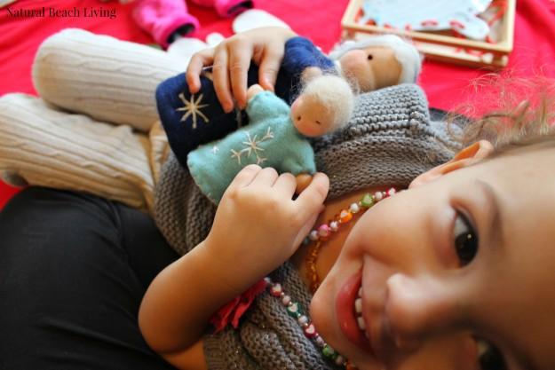 The Mitten Toddler activities, Montessori Activities, Winter Toddler Activities, Easy Toddler Activities, Book Activities for Toddlers, Jan Brett Books and activities, #toddleractivities