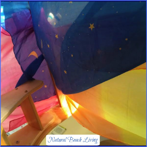 Starry night reading fort, BFIAR, Goodnight moon, Creative play, childhood fun, reading nook, books, Waldorf, kids activities, www.naturalbeachliving.com
