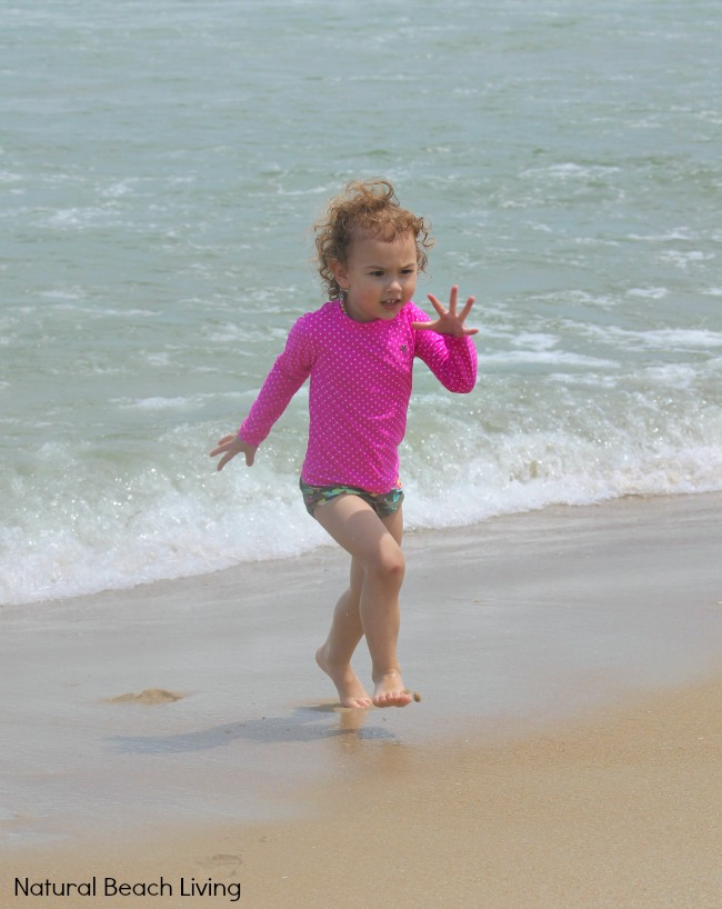 11 Beach Safety Tips for Kids, Keep your family safe with these Best beach safety tips and SMART beach ideas for any beach travel. Make Family Rules for the Beach and teach your kids beach safety with these tips.