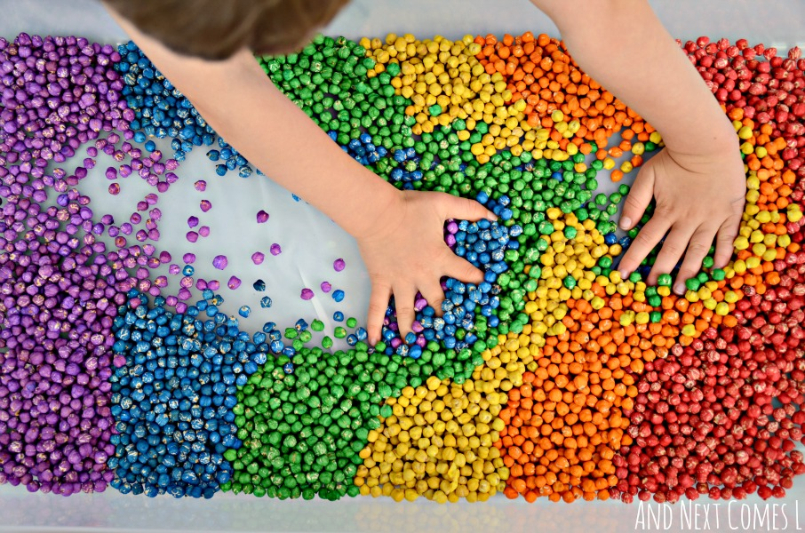 rainbow-dyed-dry-chickpeas-sensory-play-for-kids-toddlers-preschool-how-to-4