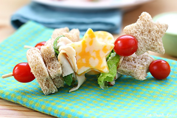 Healthy Toddler Lunch Ideas, Recipes your child will love, Healthy foods that are easy to make and delicious, Your child will love eating healthy meals. Kid Recipes #foodforkids #snacksforkids #toddlerrecipes