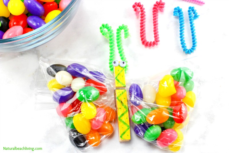 Perfect Butterfly Crafts Kids Make for Snack time, Jelly Bean Butterfly Treat Bags, Make Butterfly Crafts Snack Bags with Kids for fun and a yummy treat
