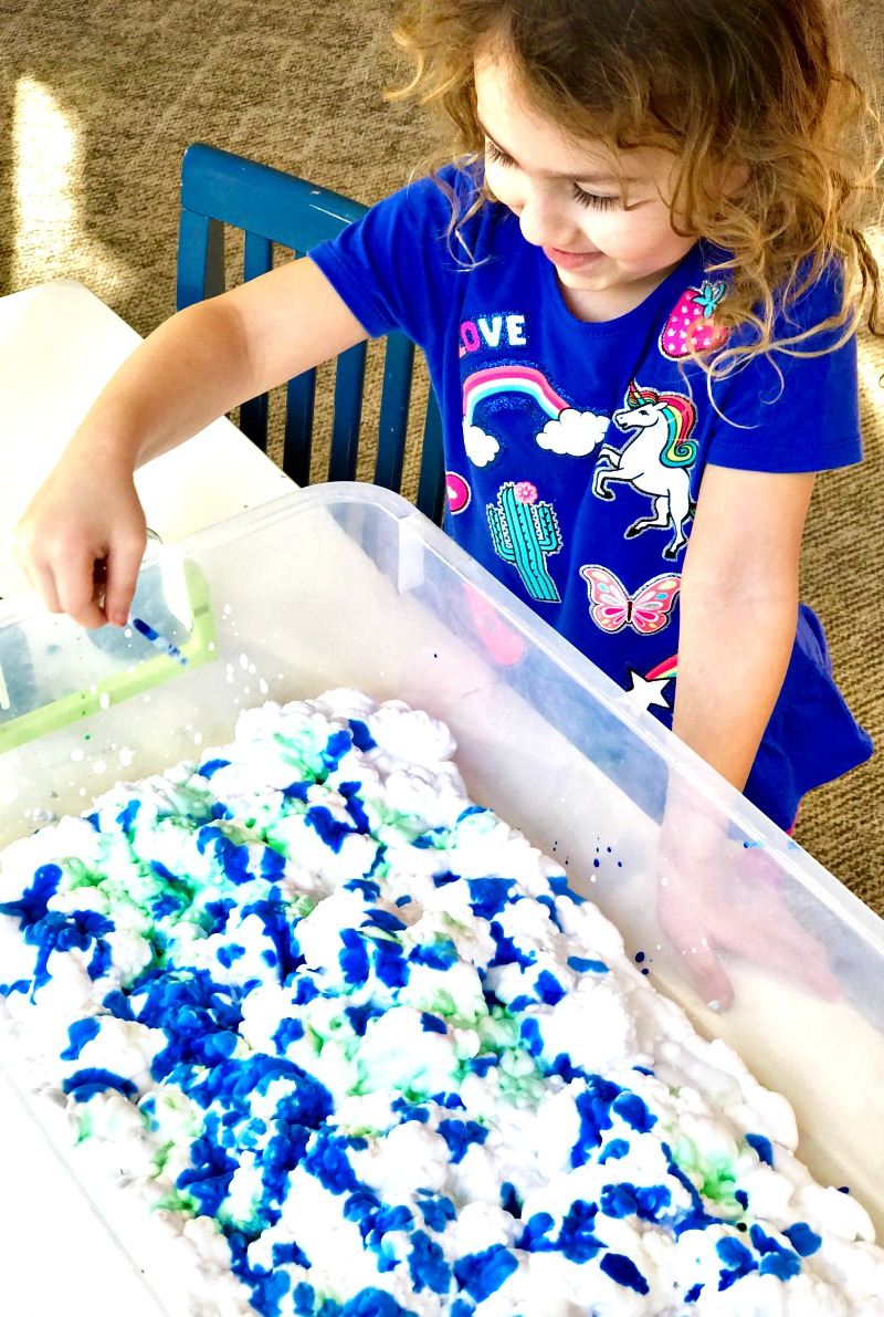 Earth Day Art Activities, Shaving Cream Marbled Paper, a perfect process art for preschoolers and kindergarten, Easy Earth Day Crafts for kids