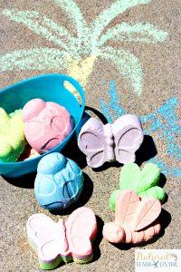 How to Make DIY Sidewalk Chalk Kids Will Love