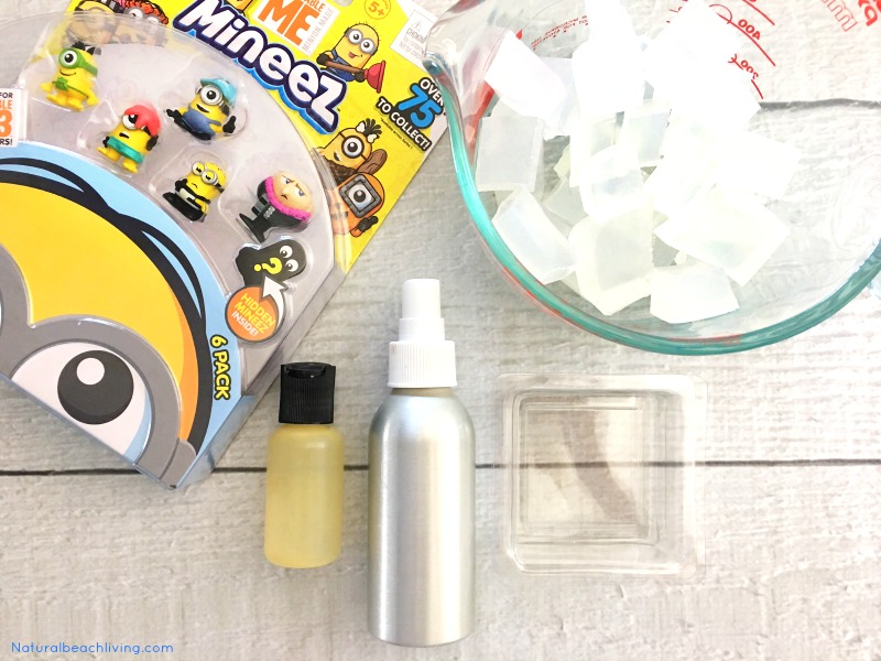 How to Make Homemade Soap Minions Style, Despicable Me Minions, Easy Homemade Soap Recipe, Minions Soap, DIY Soap, Cutest Soap Ever, Kids Love it