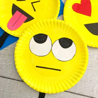 Super Cute Emoji Paper Plate Craft – Emotions Theme Party Prop