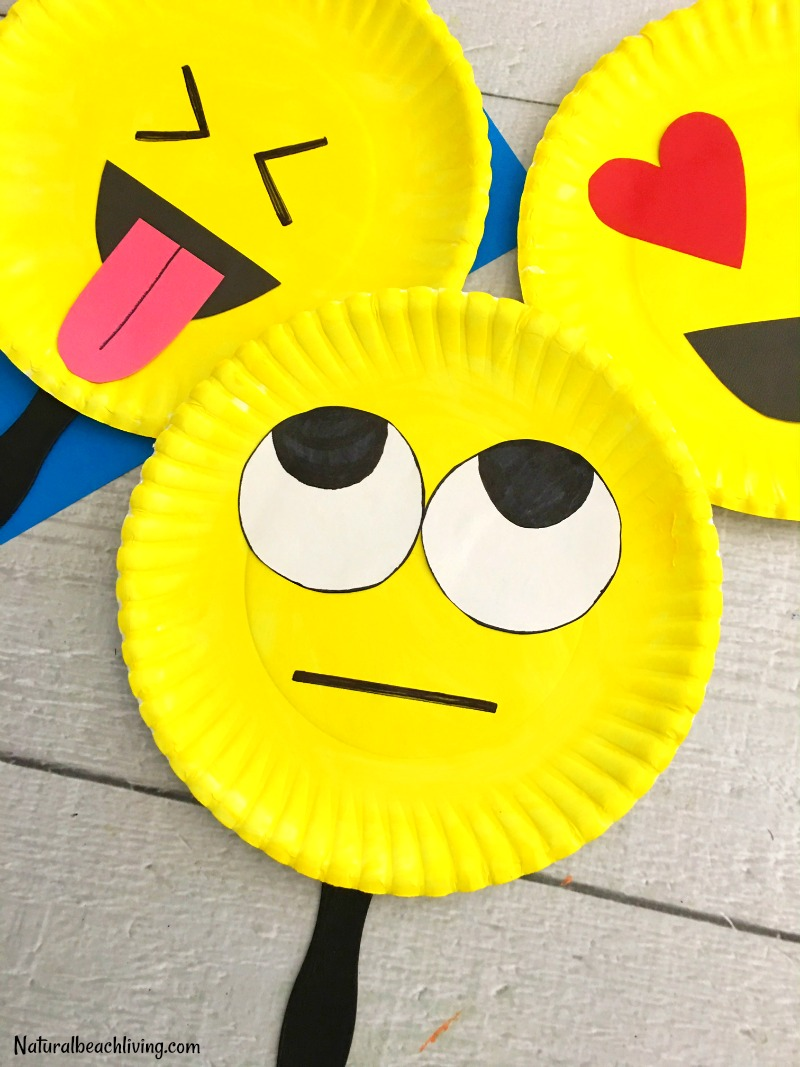 Super Cute Emoji Paper Plate Craft Emotions Theme Party Props Emoji Party Ideas & Super Cute Emoji Paper Plate Craft - Emotions Theme Party Prop ...