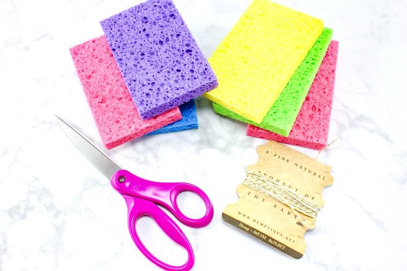 How to Make Super Soaker Sponge Balls Kids Will Love, sponge balls DIY, Water Bombs Summer fun, Kids Activities, Summer Craft Idea, Cheap Water Activities