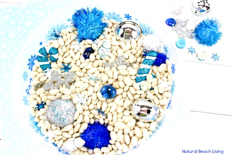 Easy Winter Sensory Bin for Toddlers and Preschoolers, Winter sensory table ideas, Winter sensory ideas, Snow sensory bin, Make it a Winter sensory tray, Snow Sensory Bin for Kindergarten, Exploring senses activities, Five in a Row, Five in a Row Vol. 1, Stopping by Woods on a Snowy Evening #sensorybin #sensoryplay #winteractivitiesforkids #fiveinarow
