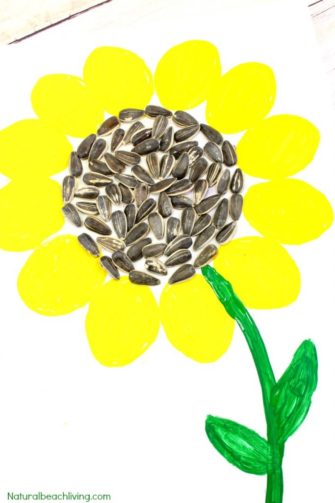 Easy Sunflower Art for Kids, Sunflower Crafts for Kids, Spring is here and this super cute sunflower art would be fun for your children to make! You just need a few items and your kids will be creating a sunflower craft perfect to display, Sunflower activities for Kids, This easy art and craft idea is perfect for any age.